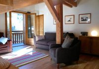 Stylish apartment 50m from the Nyon chair