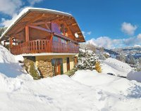 Mountain Chalet Apartment With Stunning Views