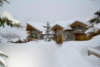 La Bergerie - A luxurious traditional chalet with hot tub and c
