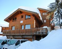 Chalet Matisse -a snowballs throw from the piste, lifts and vil